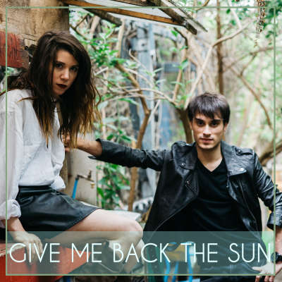 Romain Swan feat Sara Wigan - Give Me Back the Sun